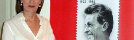 Bianca Berlinguer e il francobollo per papà Enrico