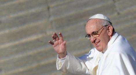 Papa Francesco è il più bello del 2013